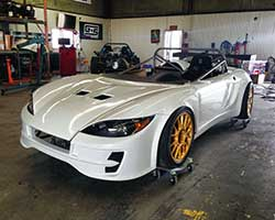 The 818 kit car uses as much of a 2002-2007 Subaru Impreza WRX  platform as possible without compromising the simple, lightweight, and affordable design from Factory Five Racing
