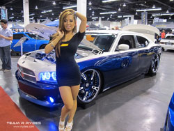 This custom 2006 Dodge Charger R/T is quite the show car