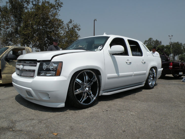 Modified 2007 Chevrolet Avalanche Is A Sweet Ride For