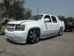 Highly Modified 2007 Chevy Avalanche 5.3L
