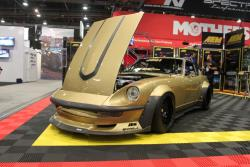 Forsberg Z in the AEM booth at the 2016 SEMA show